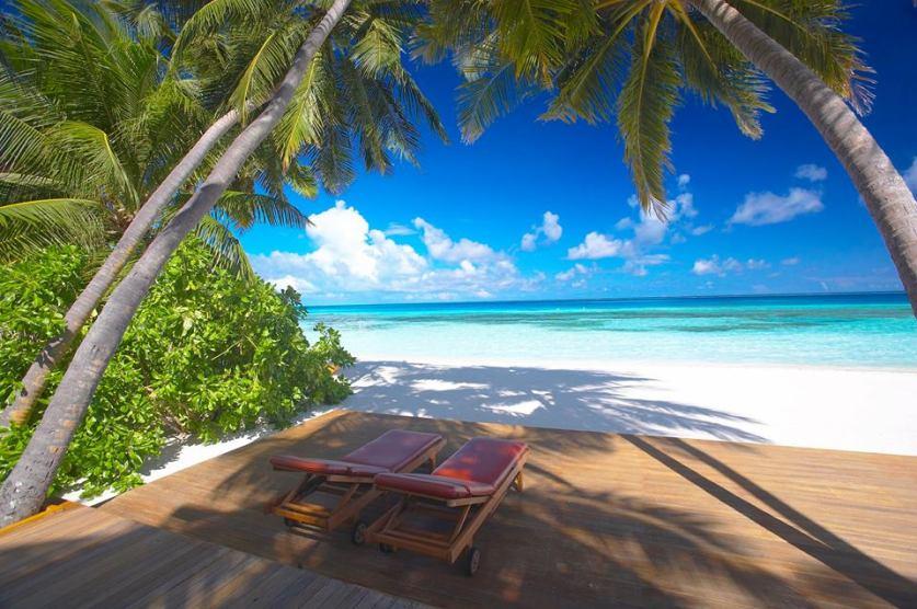 http://www.luxuryholidaysdirect.com/DestinationPages/Mauritius